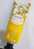 Крем для рук парфюмированный Цитрон DEOPROCE SWEET YUJA PERFUMED HAND CREAM 50г: фото